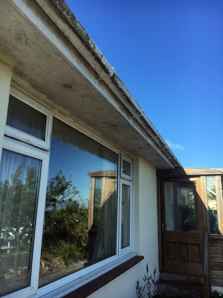 Dirty Windows and Fascias's before cleaning